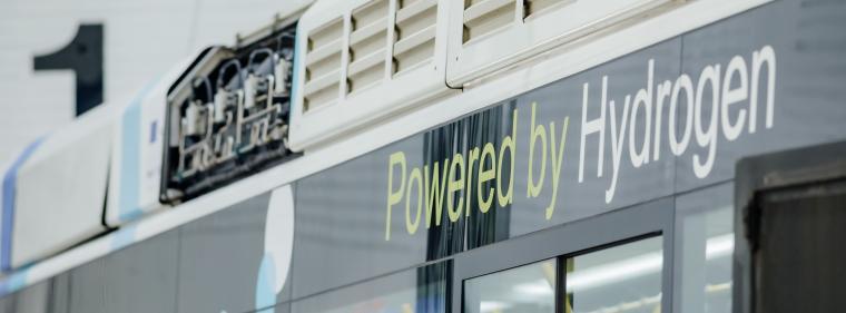 Energy & Management: OMV investiert in größte Elektrolyseanlage Österreichs.